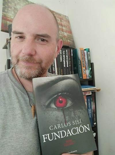 Mi bliblioteca tiene el hueco guardado para Fundación de Carlos Sisí